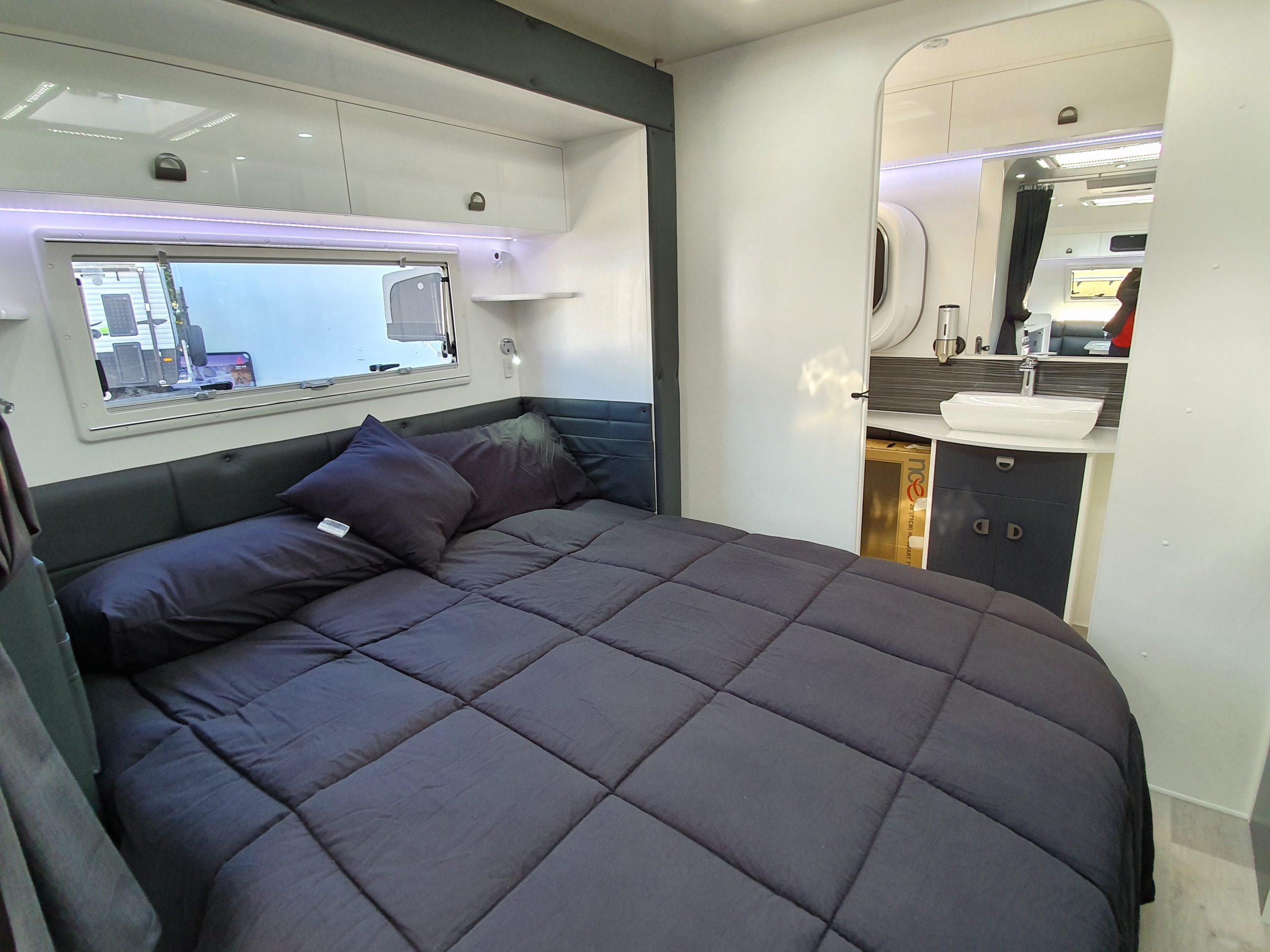slide out bedroom queen bed