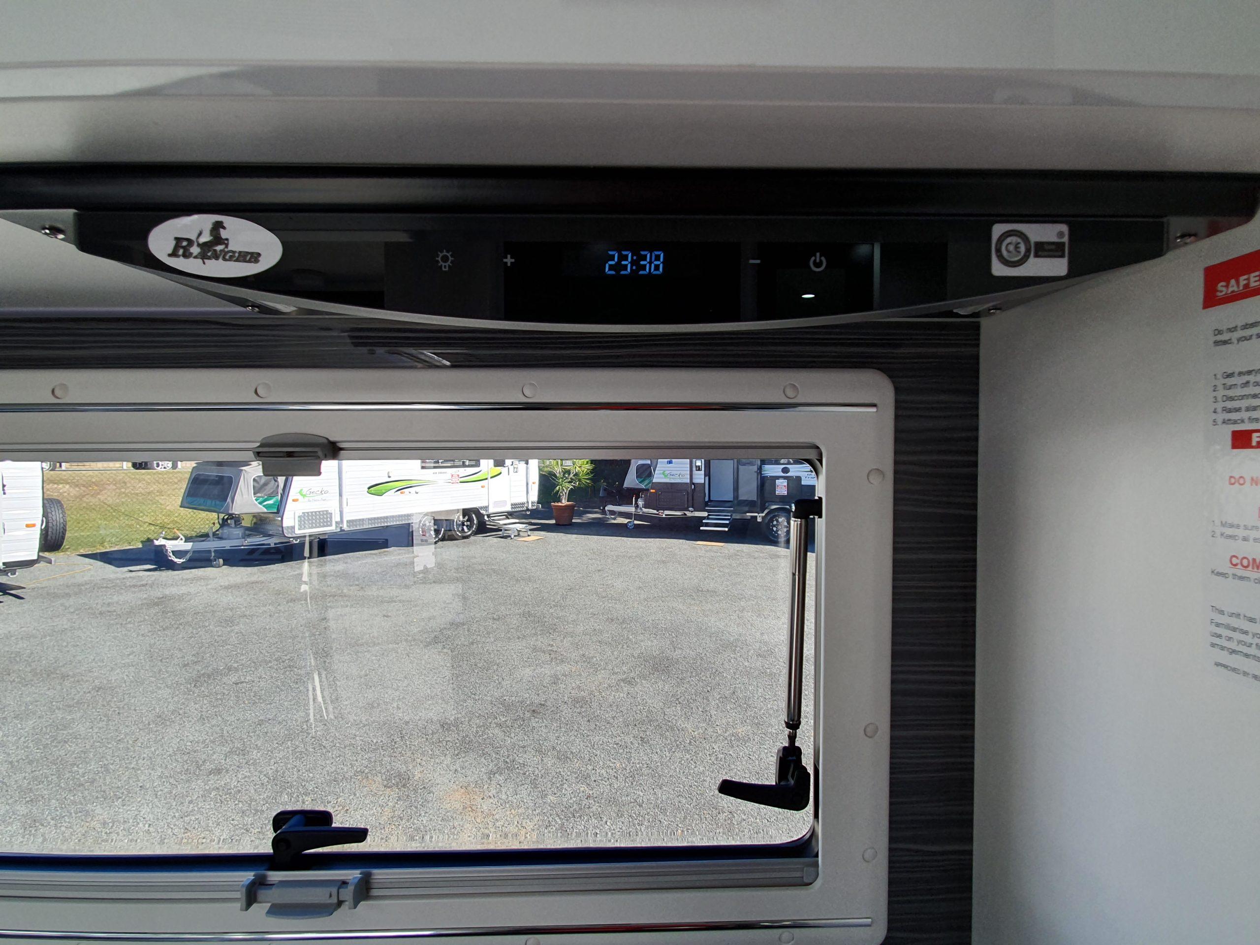 new rangehood style in caravan